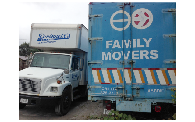family movers 2 trucks